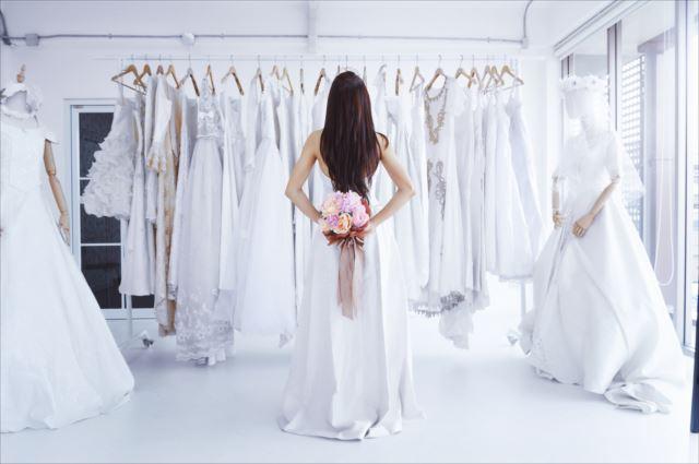 自分にぴったりなドレスを選ぼう!素敵なウェディングドレスの形5選